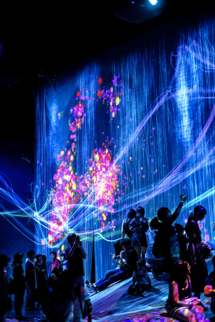 Borderless teamlab Mori museum